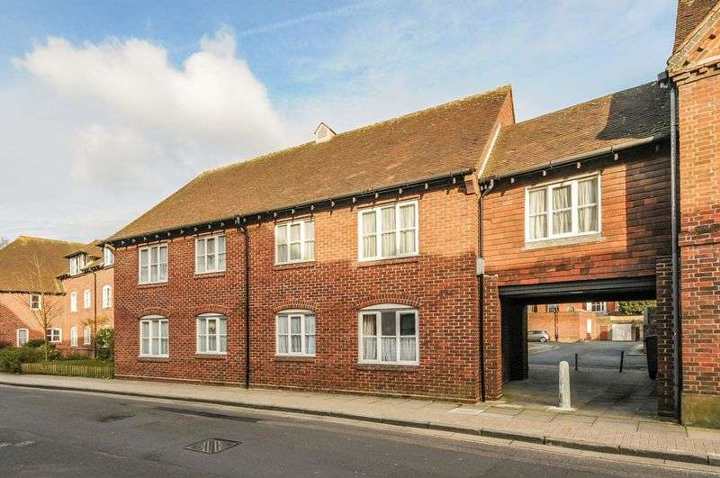 2 Bedrooms Retirement Property for sale in St Cyriacs, Chichester