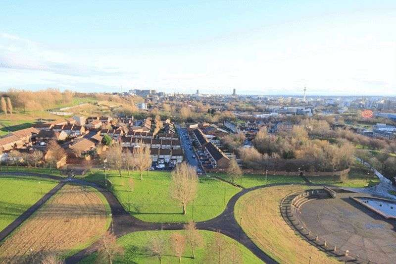 3 Bedrooms Flat for sale in Conway Street, Everton, Liverpool, L5