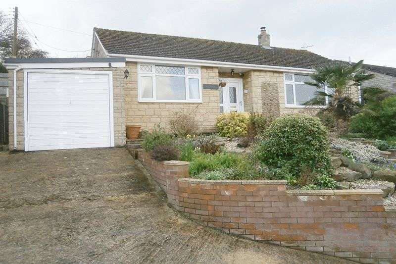 2 Bedrooms Detached Bungalow for sale in Dock Lane, Tewkesbury