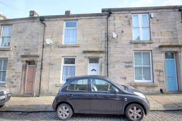 4 Bedrooms Terraced House for sale in South Street, Darwen, Lancashire, BB3 3HZ