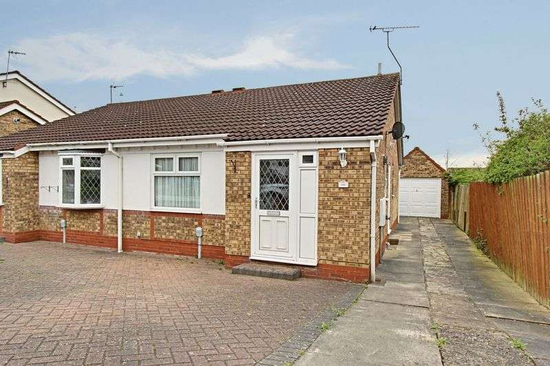 2 Bedrooms Semi Detached Bungalow for sale in Elsham Rise, Hessle