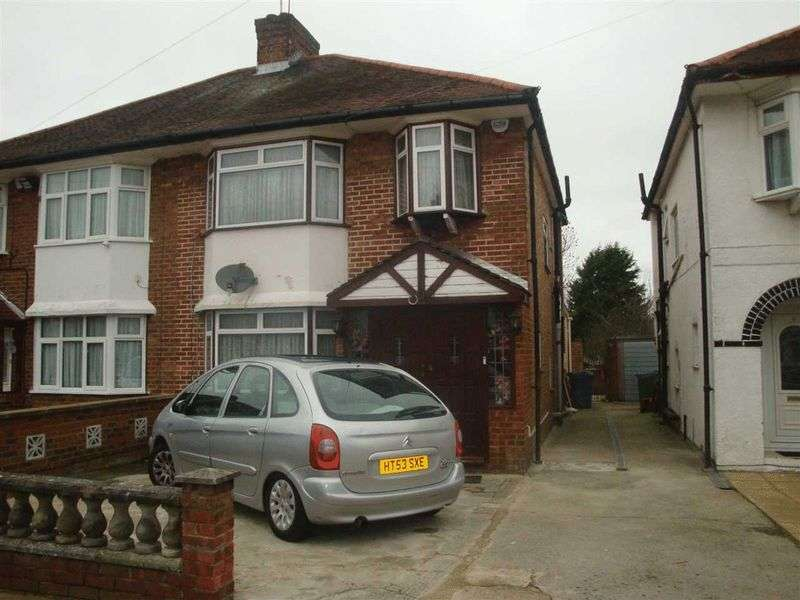 3 Bedrooms Semi Detached House for sale in Milford Gardens, Canons Park, Middlesex, HA8 6EY