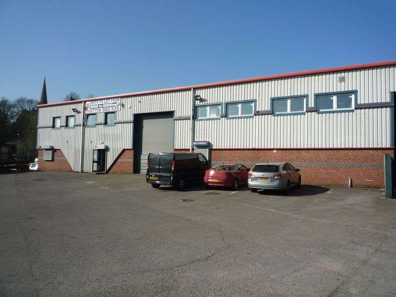 Property for rent in Unit 4a Buckley Road Industrial Estate, Rochdale. OL12 9EF