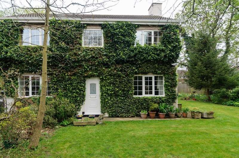 4 Bedrooms Detached House for sale in Riverhead Road, Louth, Lincolnshire, LN11