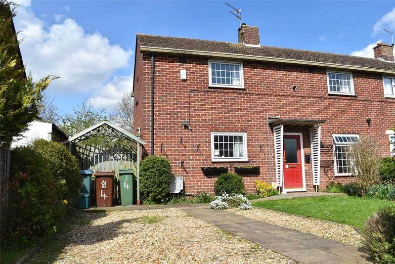 3 Bedrooms Semi Detached House for sale in Missenden Road, Winslow