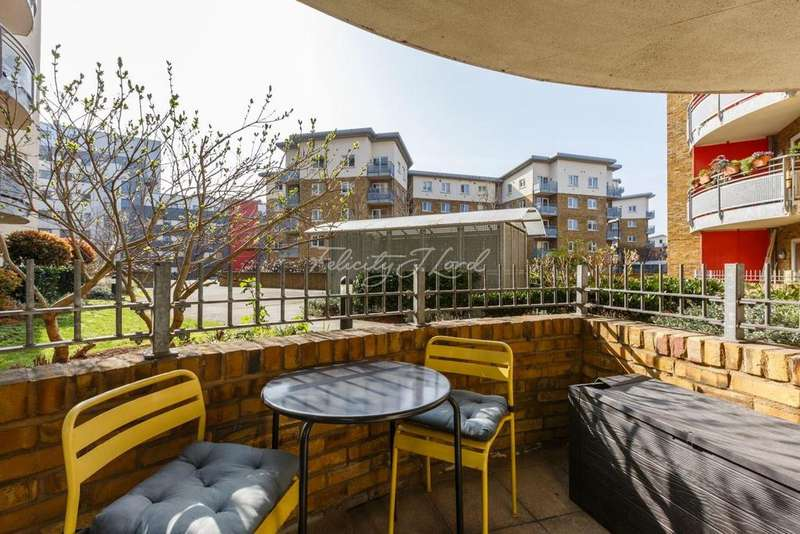 2 Bedrooms Flat for sale in Bow Bell Tower, E3
