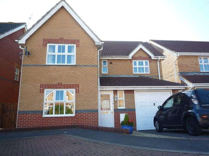 4 Bedrooms Detached House for sale in Llanmead Gardens, Rhoose