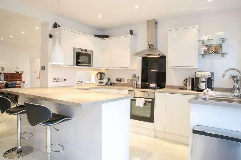 3 Bedrooms Detached Bungalow for sale in Heath Road, Salisbury