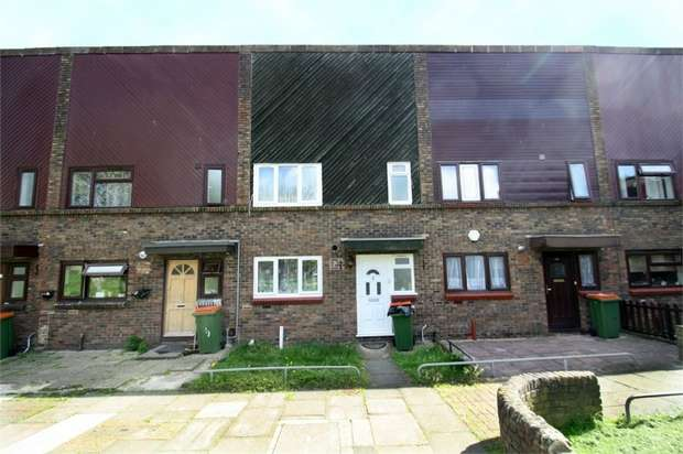 3 Bedrooms Terraced House for sale in Campion Close, Beckton, London