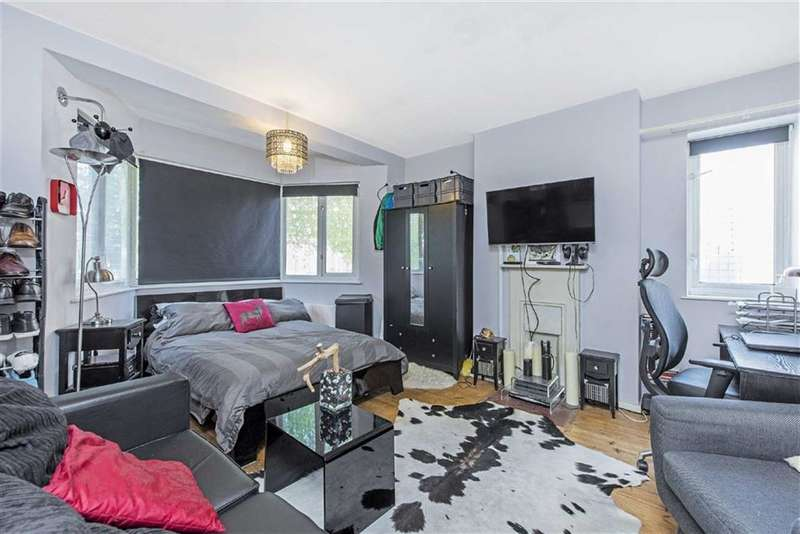 2 Bedrooms Flat for sale in Mary House, LONDON