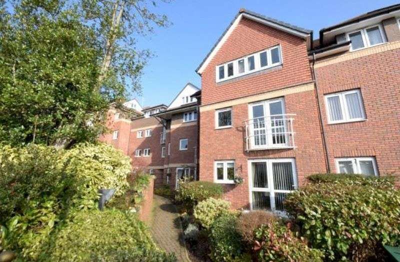 1 Bedroom Flat for sale in Ridgeway Court: **ARGUABLY THE BEST ONE BEDROOM APARTMENT AT THE DEVELOPMENT**
