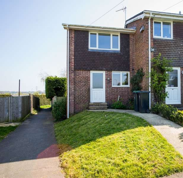 2 Bedrooms Semi Detached House for sale in Branwell Close, Christchurch, Dorset, BH23