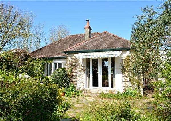 3 Bedrooms Bungalow for sale in Gerrans, Truro, Cornwall, TR2