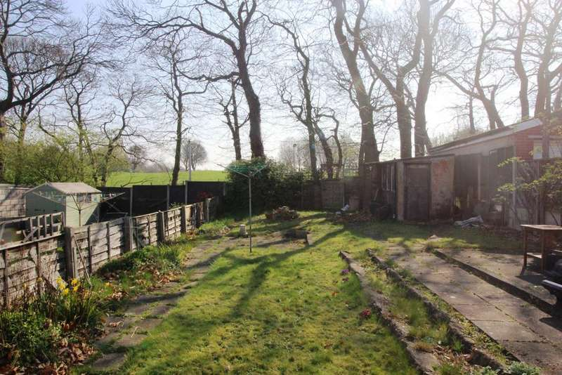 2 Bedrooms Bungalow for sale in Wenvoe Avenue Bexleyheath DA7