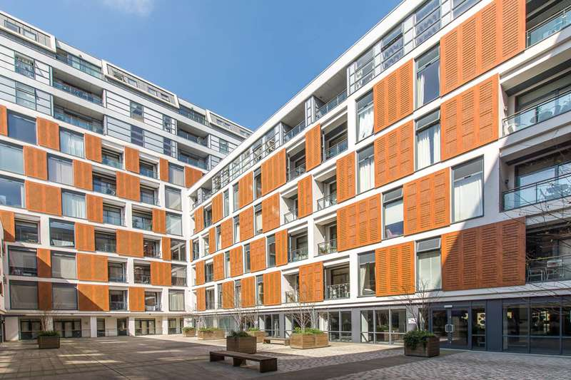 2 Bedrooms Flat for sale in Cornell Square, Vauxhall, SW8