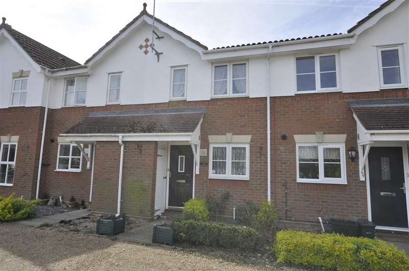2 Bedrooms Terraced House for sale in Fortinbras Way, Chelmsford