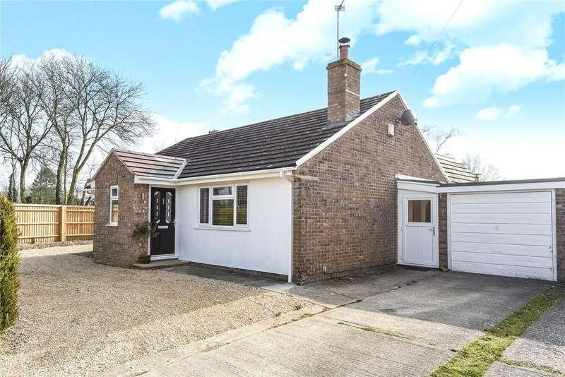 3 Bedrooms Detached Bungalow for sale in Burroughs Drove, Burbage, Marlborough, Wiltshire