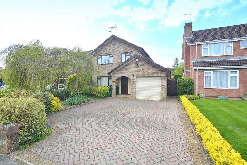 4 Bedrooms Detached House for sale in King Richard Drive, BOURNEMOUTH