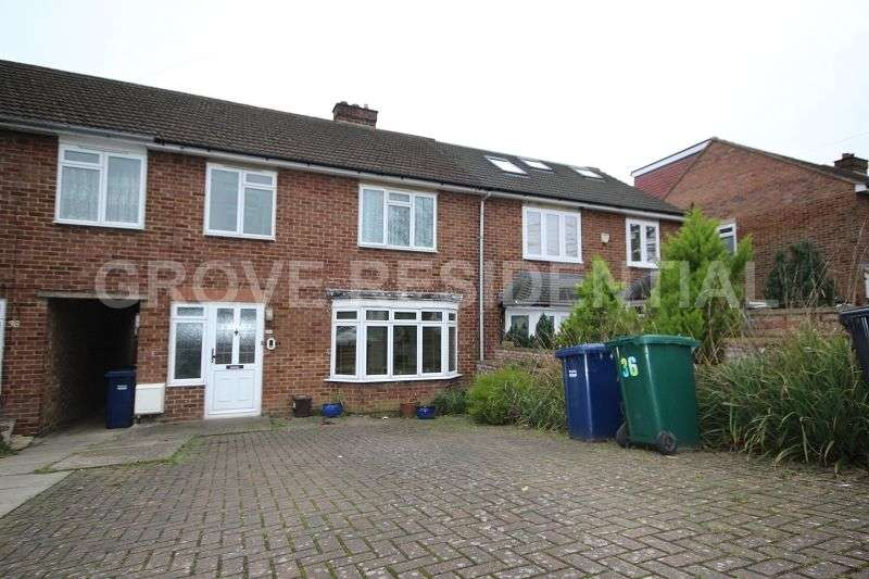 3 Bedrooms Terraced House for sale in Fairmead Crescent, Edgware