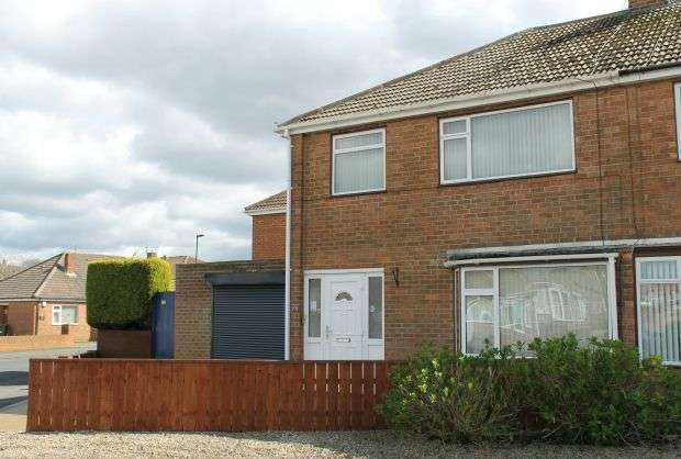 3 Bedrooms Semi Detached House for sale in Priory Close, Guisborough