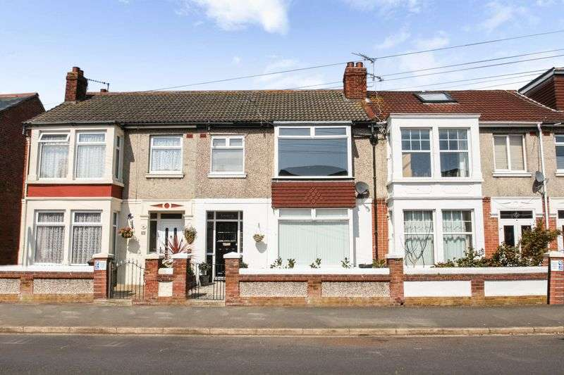 3 Bedrooms Property for sale in Hartley Road, Portsmouth
