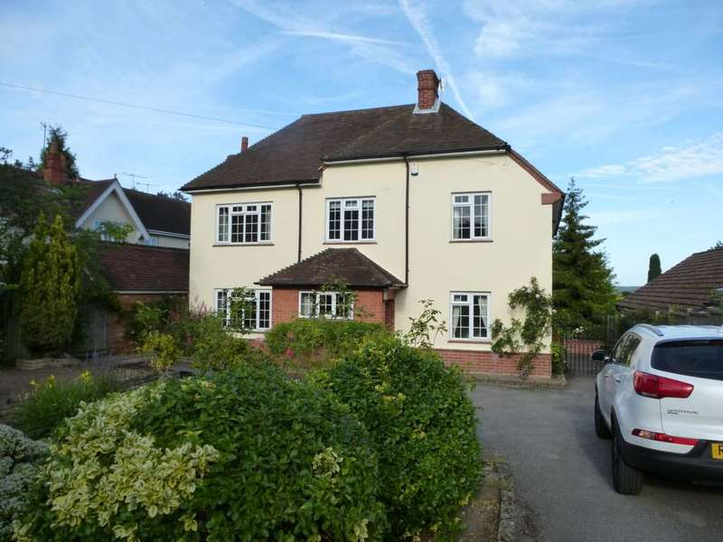 4 Bedrooms House for rent in Shinfield Road, Reading