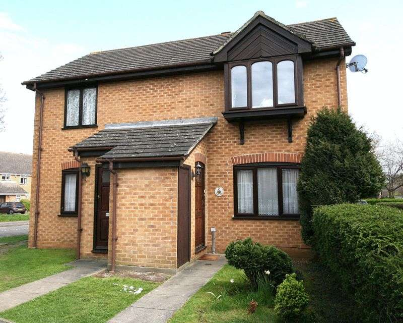 2 Bedrooms Flat for sale in A TWO BEDROOMED GROUND FLOOR SELF-CONTAINED APARTMENT IN A POPULAR SETTING