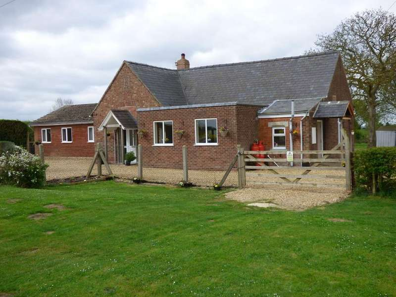 4 Bedrooms Detached Bungalow for sale in Beck Bank, Quadring Fen