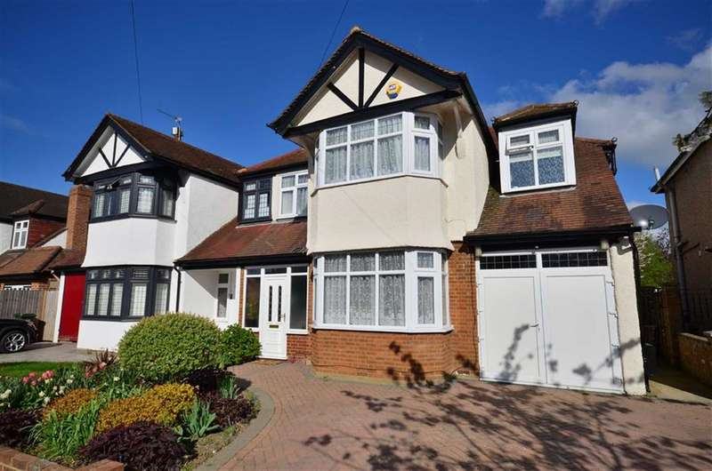 4 Bedrooms Property for sale in Mount View, Rickmansworth, WD3