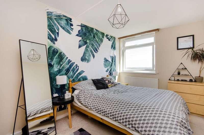 1 Bedroom Flat for sale in Wimbledon Park Side, Wimbledon, SW19