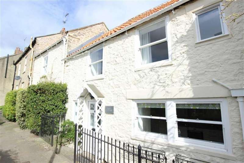 3 Bedrooms Town House for sale in Flints Terrace, Richmond, North Yorkshire