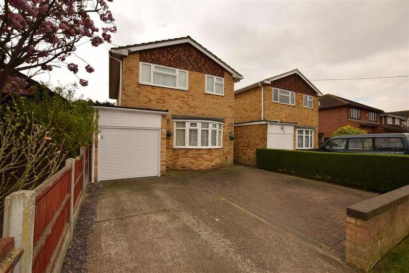 3 Bedrooms Detached House for sale in Lionel Road, Canvey Island