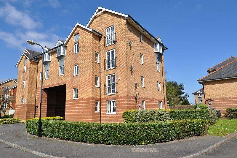 2 Bedrooms Flat for sale in 15 Cory Place, Windsor Quay, Cardiff Bay, Cardiff. CF11 7QB