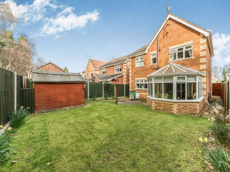 4 Bedrooms Detached House for sale in Mulberry Way, Armthorpe, Doncaster, DN3