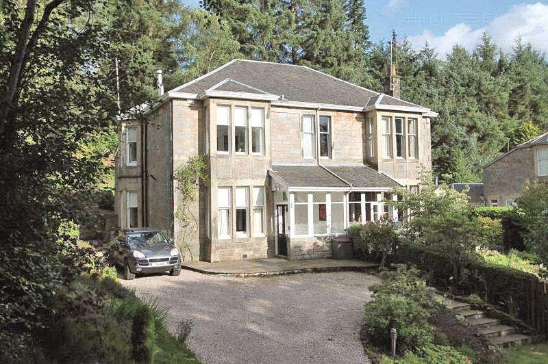 4 Bedrooms Semi Detached House for sale in Roadend, Heathfield Drive, Milngavie, Glasgow