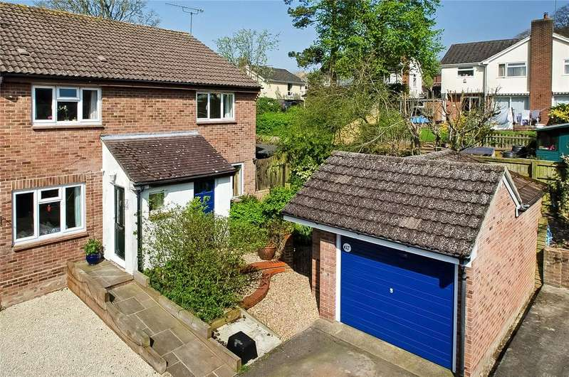 2 Bedrooms Semi Detached House for sale in Appledown Close, Alresford, Winchester, SO24