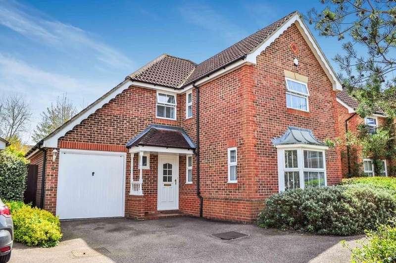 4 Bedrooms Detached House for sale in Stopham Road, Maidenbower