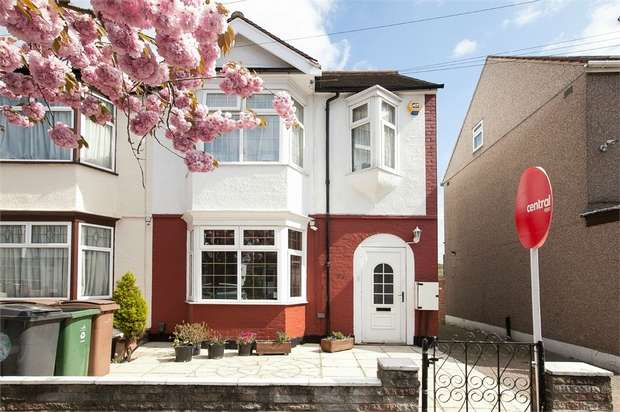 5 Bedrooms End Of Terrace House for sale in Forest View Road, Walthamstow, London