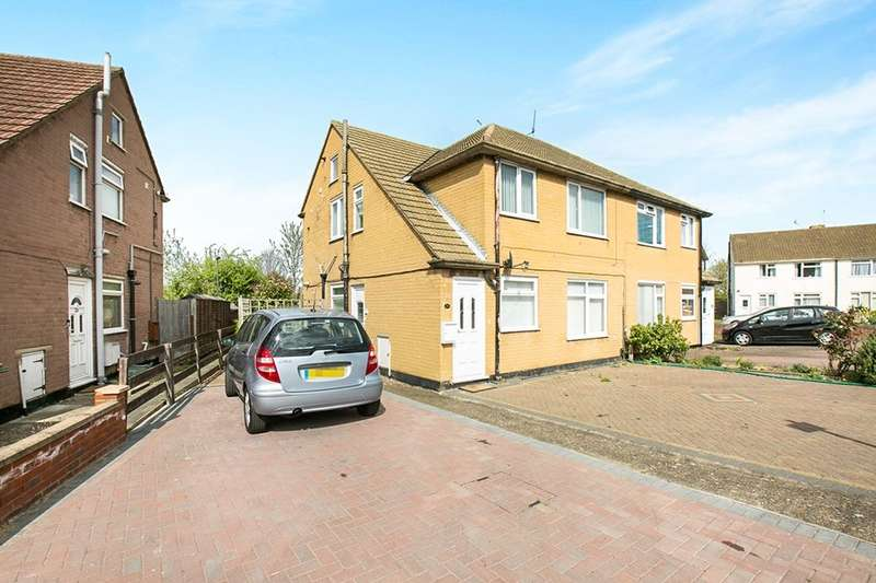 2 Bedrooms Flat for sale in Burr Close, Bexleyheath, DA7