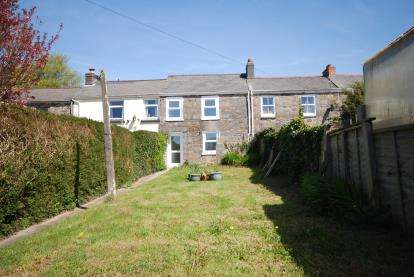 3 Bedrooms Terraced House for sale in Pool, Redruth, Cornwall