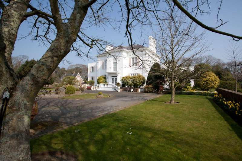 13 Bedrooms Detached House for sale in St Saviour