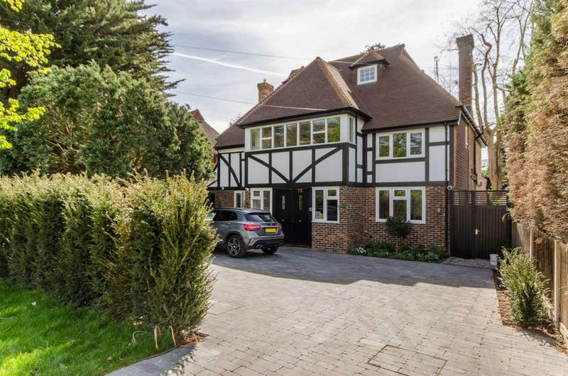 6 Bedrooms House for rent in Bathgate Road, Wimbledon Village, SW19
