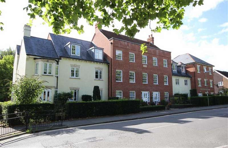 1 Bedroom Property for sale in Mountbatten Lodge, Farnham