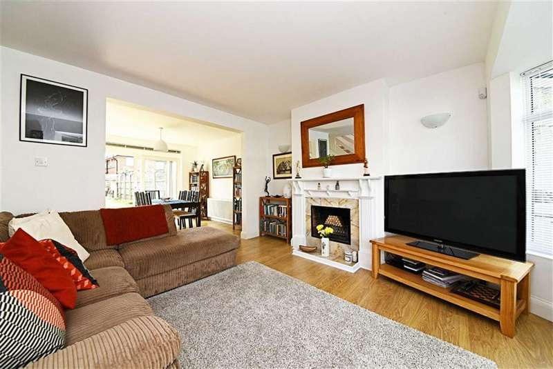 4 Bedrooms Property for sale in Abingdon Road, Finchley, London, N3