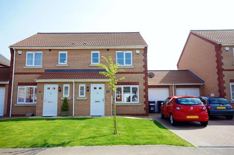 3 Bedrooms Semi Detached House for sale in Alexander Road, Lincoln