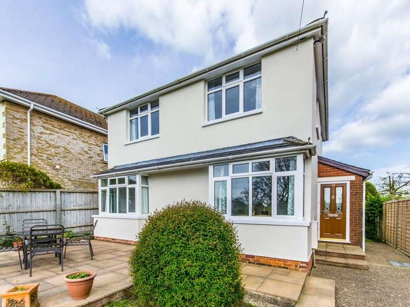 3 Bedrooms Detached House for sale in Station Road, St. Helens