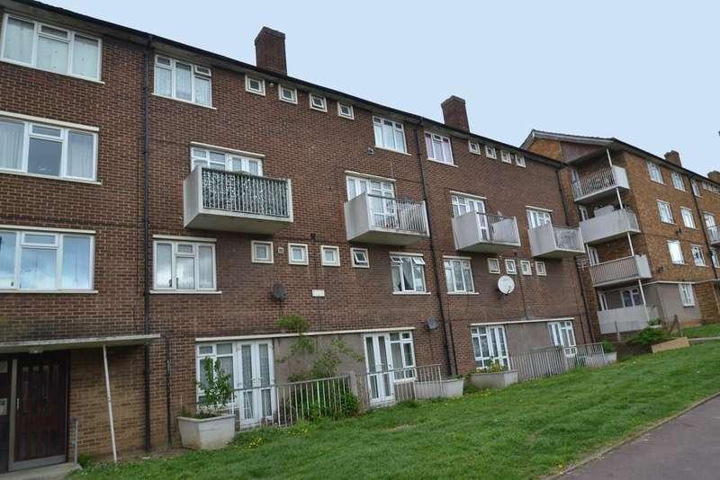 2 Bedrooms Maisonette Flat for sale in Bagleys Springs, Romford