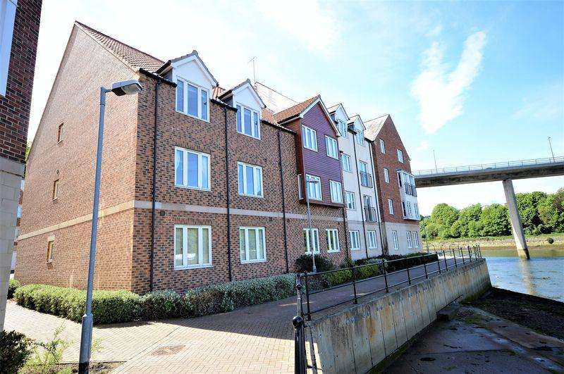 3 Bedrooms Apartment Flat for sale in Whitehall Landing, Whitby