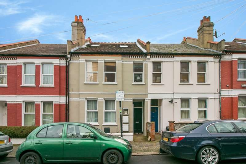 2 Bedrooms Flat for sale in Coverton Road, Tooting, London, SW17