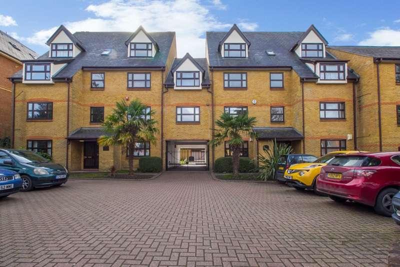 2 Bedrooms Flat for sale in Albemarle Road, Beckenham, Kent, BR3